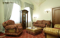 Russian and American suite in Opera Hotel